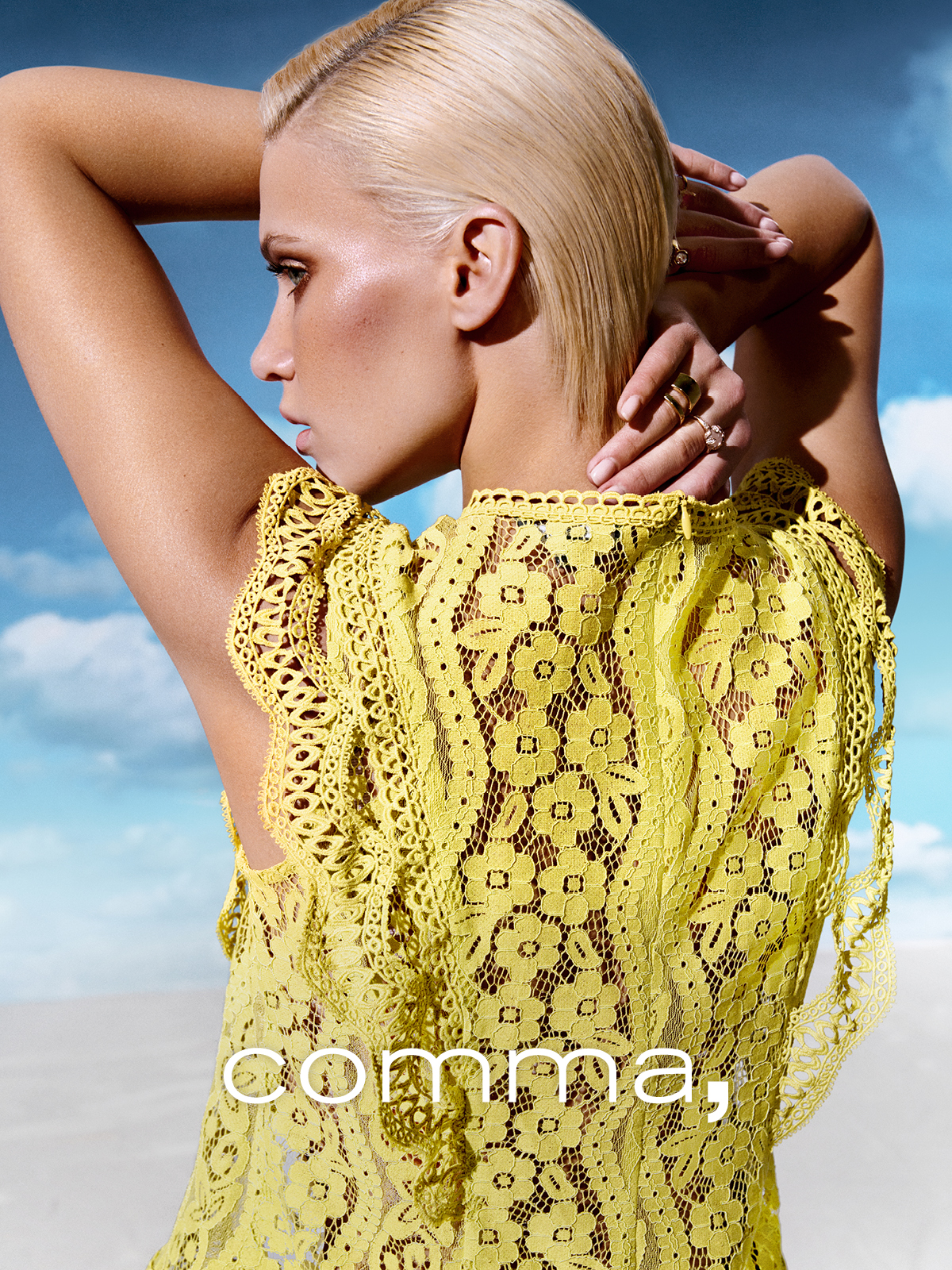 comma_spring_summer_2021_original_comma_SS21_1200x1600px%20Motiv%202_March%20Collection.jpg